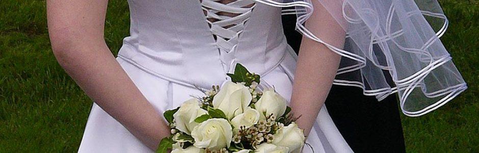 Wedding clothing gremilns